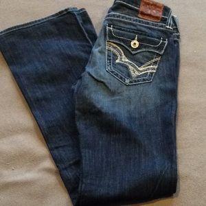 Big Star Low Rise Boot Jeans. (28L)